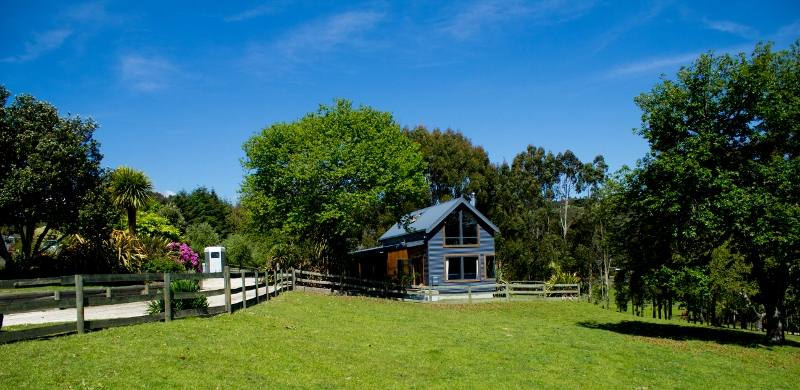 rotorua holiday homes accommodation rentals baches and vacation rh holidayhouses co nz Queenstown New Zealand Auckland New Zealand