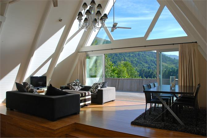 Arthurs Point holiday homes accommodation rentals baches and