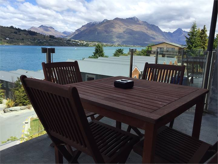 Queenstown holiday homes, accommodation rentals, baches and vacation ...