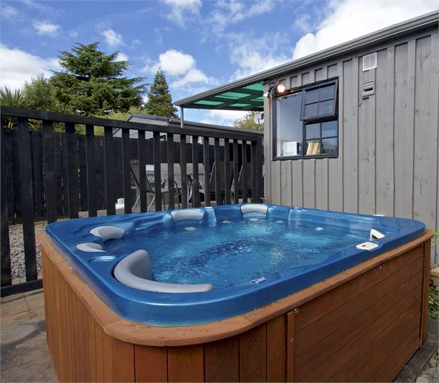 Rugen Lodge Ohakune: Ohakune Holiday Homes, Accommodation Rentals, Baches And