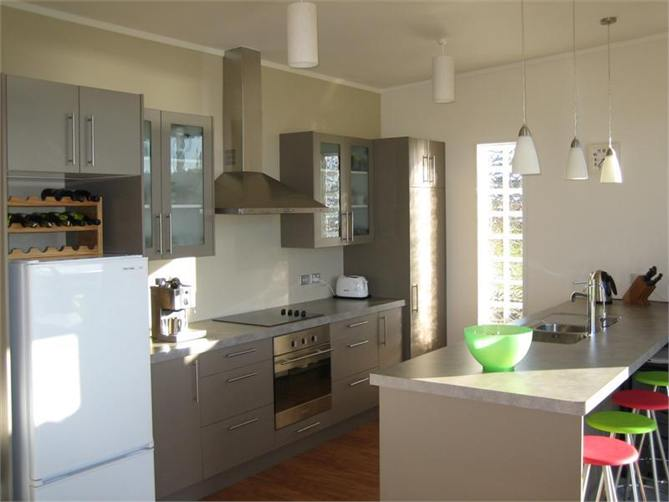 galley kitchen design nz ligar bay bach ligar bay bach for rent houses 961