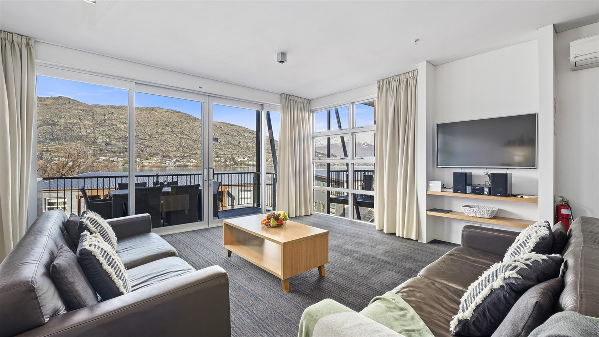 Marina Apartment 405 - Queenstown Apartment for rent ...