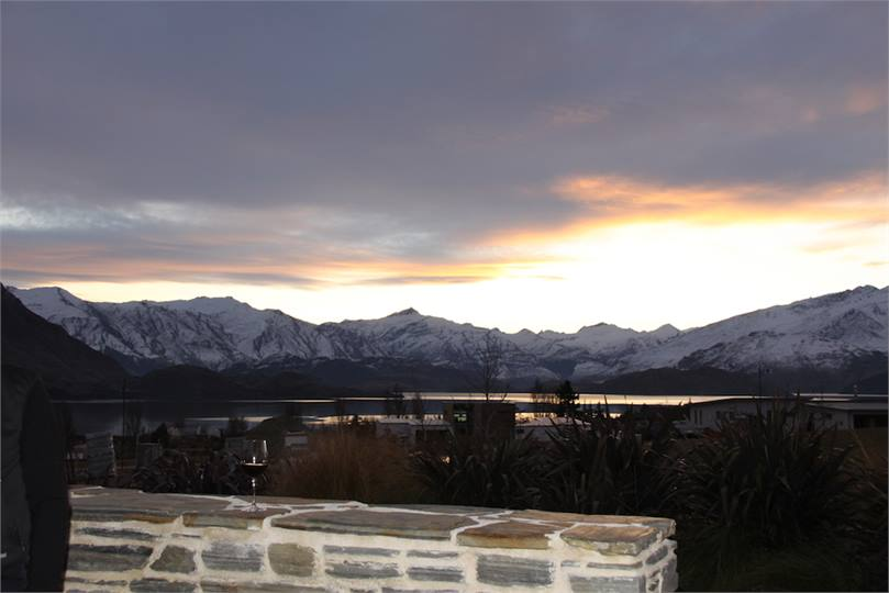 Southern Cross Lodge Wanaka Holiday Home For Rent