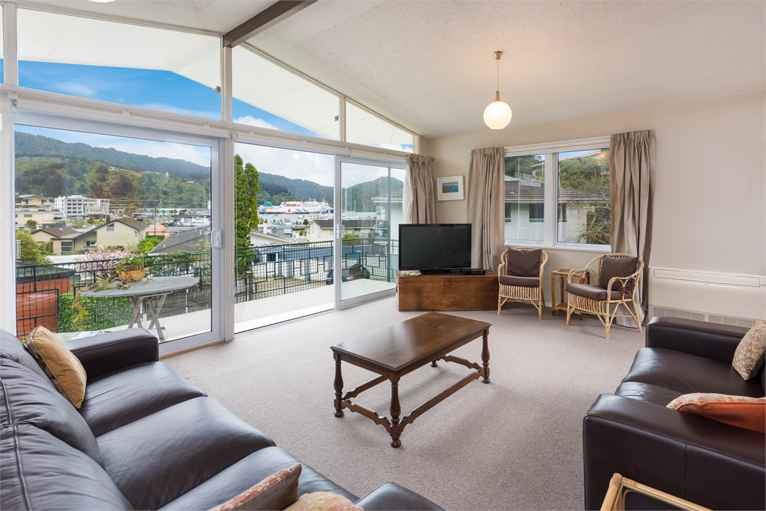 The house sleeps 6 people and overlooks picton harbour and marina off street parking for 1 car