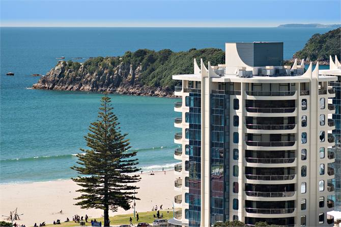 Oceanside Twin Towers Beachside Apartment Mt Maunganui For Rent Holiday Houses