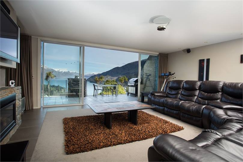 QueenstownWanaka holiday homes accommodation rentals baches and