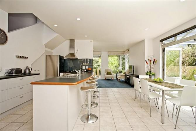 North Shore Auckland Holiday Homes Accommodation
