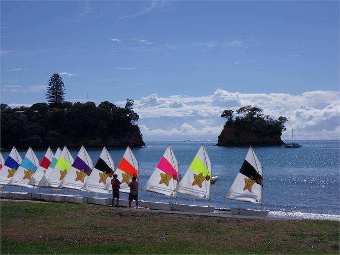 beautiful pacific hideaway house   auckland   torbay beach house for rent holiday houses