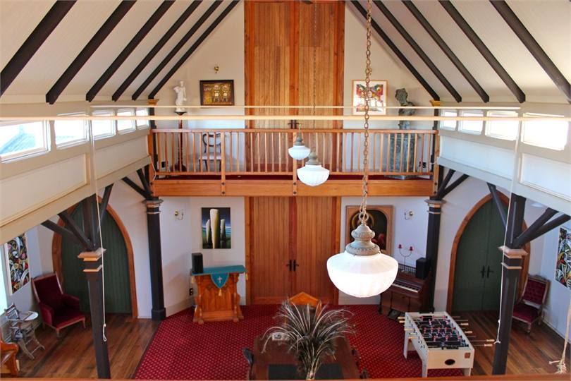 The olde kirk dunedin apartment for rent holiday houses for Mezzanine cost estimate