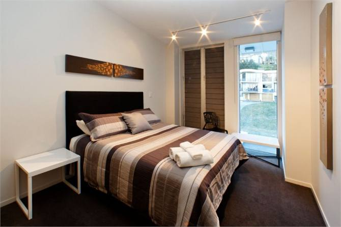 Chic in the City - Queenstown Apartment for rent | Holiday ...