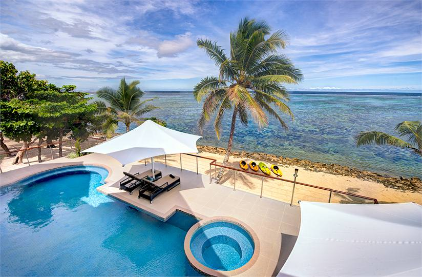 Lomaniwai Resort Villa Is A Fully Serviced Luxury Beachfront Gem Situated In Maui Bay On Fiji S Famous C Coast As Its Name Suggests Fijian