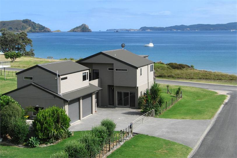New zealand beach house plans for Coastal home designs nz