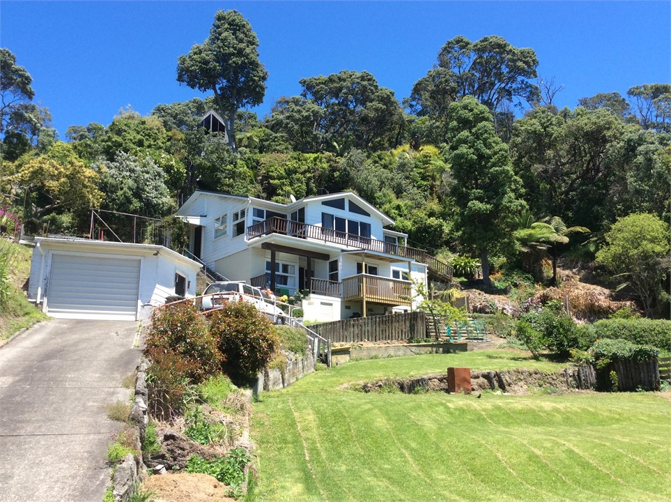 ohope beach holiday homes accommodation rentals baches and rh holidayhouses co nz