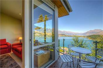 Earnslaw 1 - Queenstown Apartment for rent | Holiday Houses
